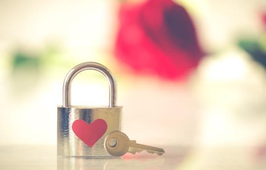 valentine-3126531_640 pixa